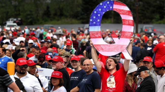 Q at Trump Rally